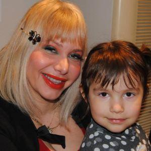 Η Αγιογράφος MAΡΙΛΕΝΑ ΦΩΚΑ με την κόρη της ΘΑΛΕΙΑ ΒΑΡΒΑΡΑ